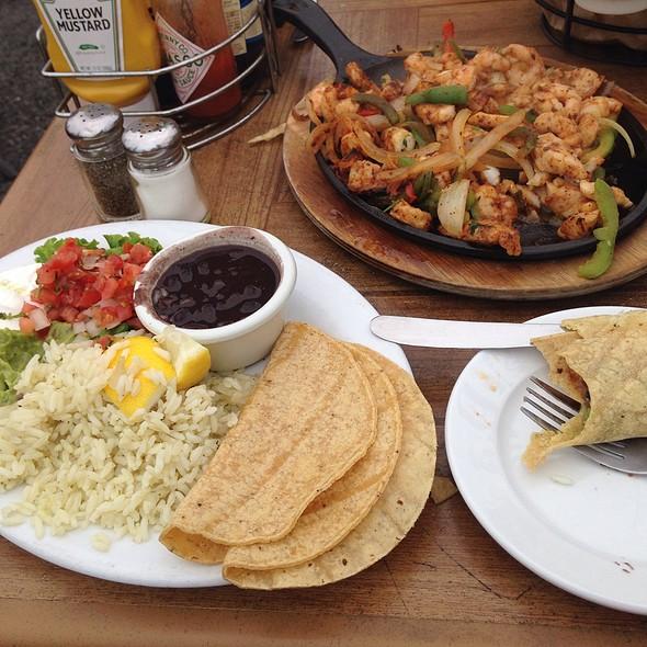 Seafood Fajitas