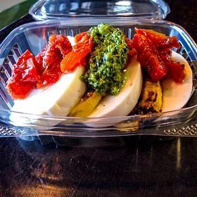 mozzarella salad - ZZest Cafe & Bar, Rochester, MN