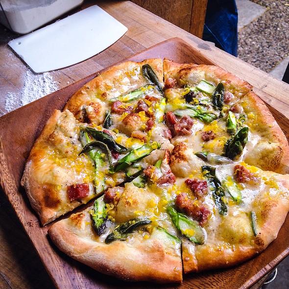 Pizza - ZZest Cafe & Bar, Rochester, MN
