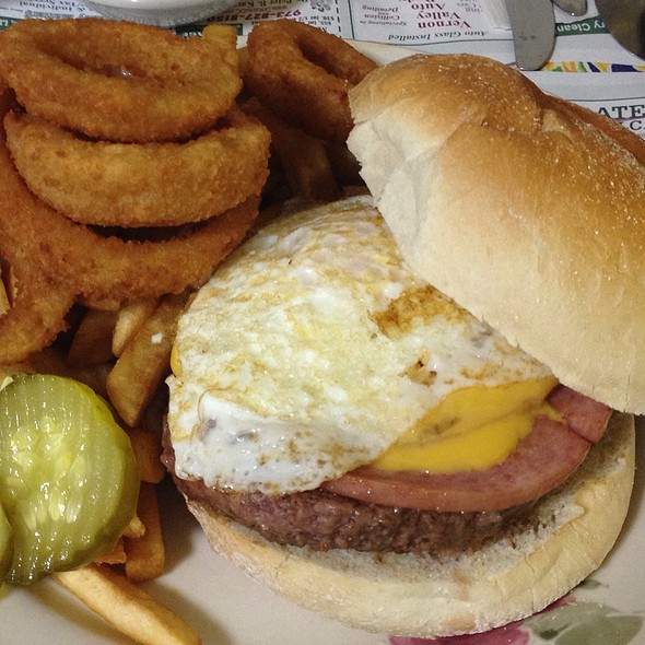 Dirty Jersey Burger @ Granny's Pancake House & Grill