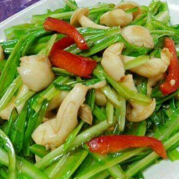 Qing Long Cai