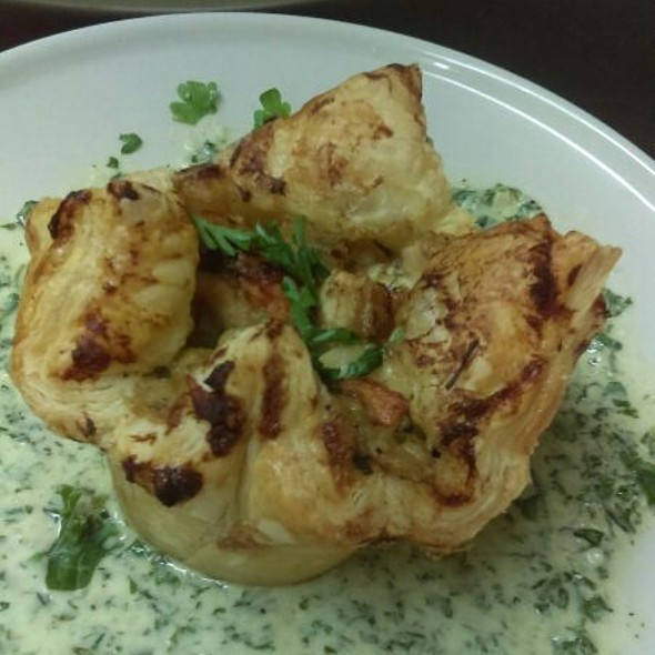 Individual Chicken Pot Pies With Cream Spinach @ Verizon Wireless Amphitheatre