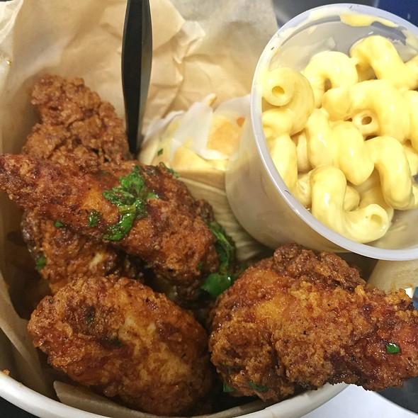 Fried Chicken Dinner @ Glitter Karaoke