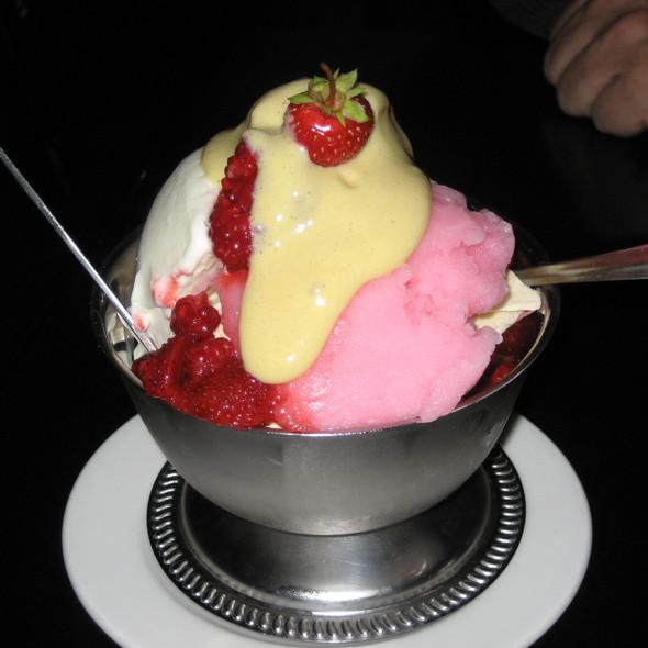 strawberry sundae @ Locanda Verde