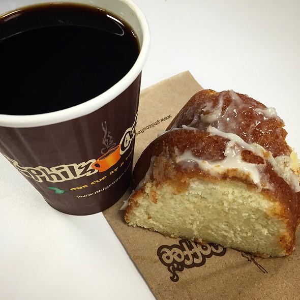 It'z The Best Coffee @ Philz Coffee
