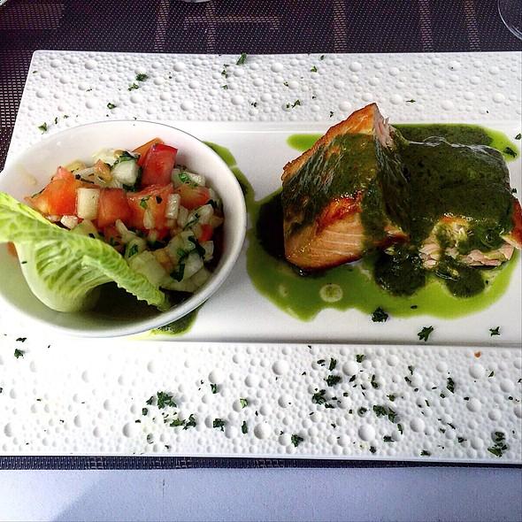 Salmon al Pesto @ One Two Tea