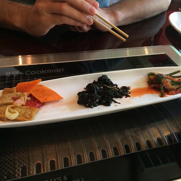 Kimchi Cucumbers, Seaweed Salad, Fishcakes
