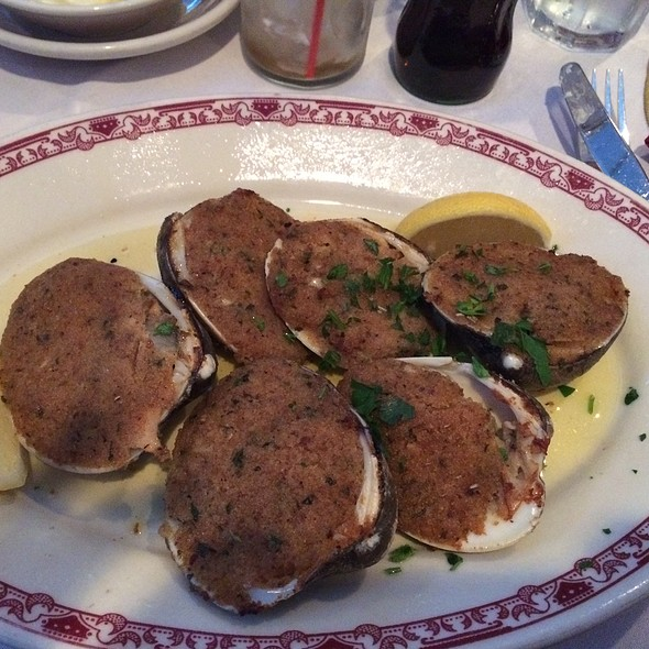 Baked Clams - Gene and Georgetti, Chicago, IL
