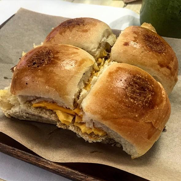 Scrambled Egg and Bacon Sandwich @ 4Bistro