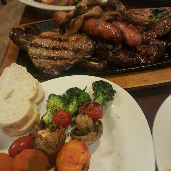 Parillada Buenos Aires - El Patio Argentine Restaurant, Rockville, MD
