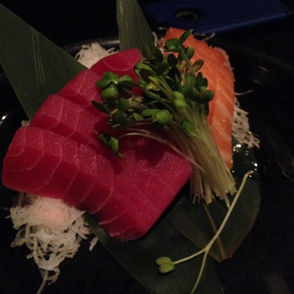 Tuna And Salmon  @ Sushi Domo