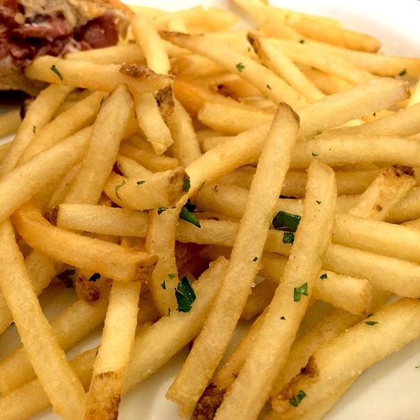 French Fries @ Champagne French Bakery & Cafe