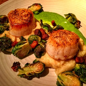 Plancha Seared Scallops Entree