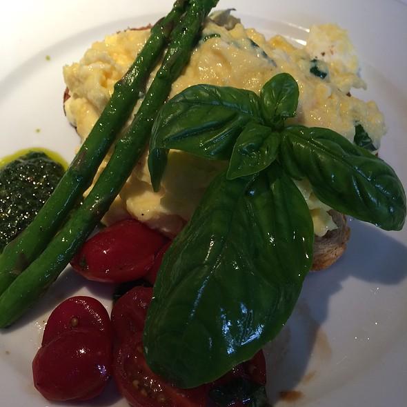 Basil & Goat Cheese Egg Scramble - Good Restaurant, New York, NY