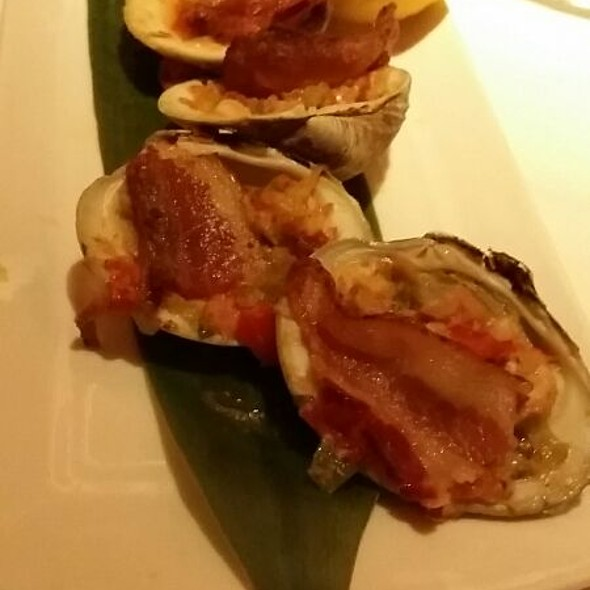 Clams Casino @ Old Homestead