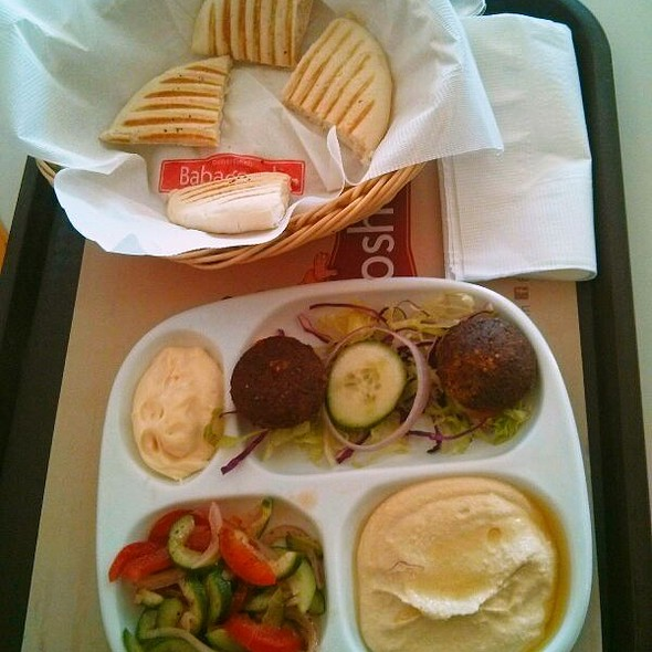 All In One Appetizer (Flafel, Hummus, Pita Bread, Salad)