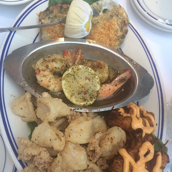Hot Appetizer Plate For 2 - The Wharf, Alexandria, VA