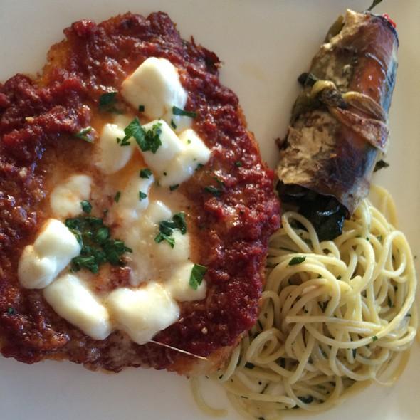 Pollo Alla Parmigiana @ Vigilucci's Restaurants