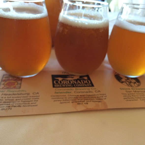 Ipa Beer Flight @ Vigilucci's Restaurants