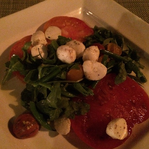Heirloom Tomato, Arugula & Burrata Salad - Calistoga Inn Restaurant & Brewery, Calistoga, CA