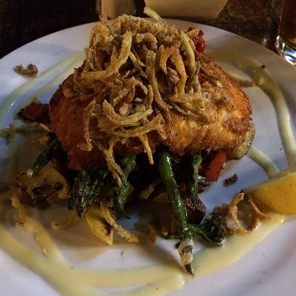 Grilled Salmon - HUB Restaurant & Ice Creamery, Tucson, AZ