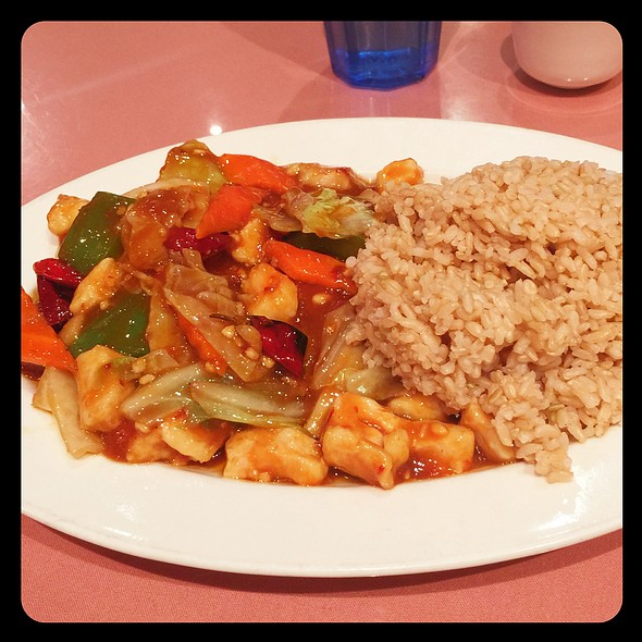 Hunan Chicken @ Hunan Home's Restaurant