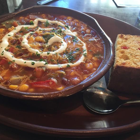 Vegetarian Chilli With Corn Bread @ Zanzibar Cafe