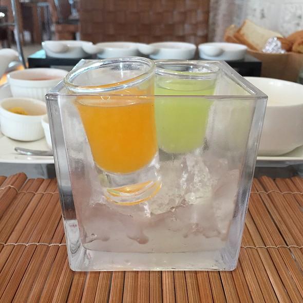 Juice @ Dhevan Dara Beach Villa Kuiburi