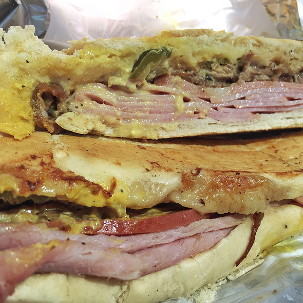 Cuban Sandwich @ Borincuba Cafe