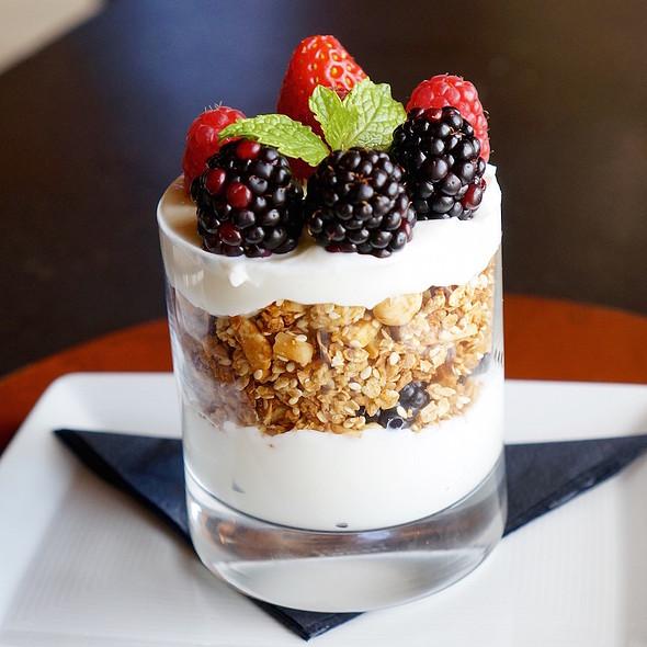 Housemade granola berry and Greek yogurt parfait @ Amangani Grill