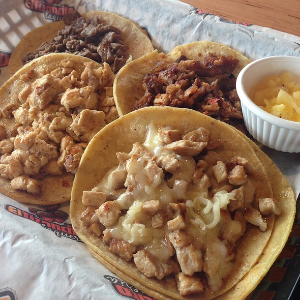 Tacos @ El Tizoncito