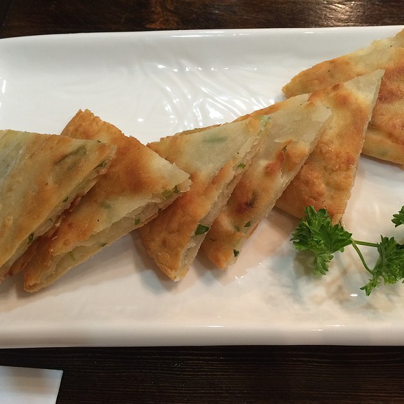 Green Onion Pancake @ 7 Dim Sum