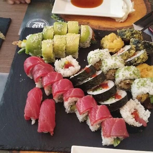 Sushi Set @ Nine Kitchen