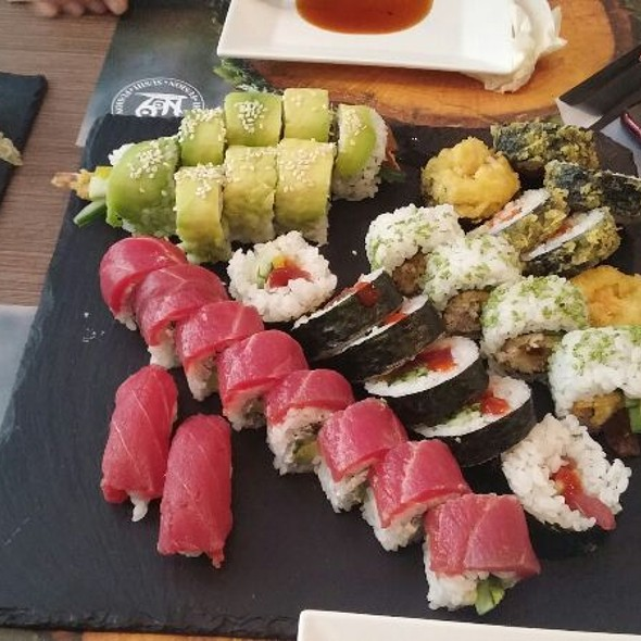 Sushi Set @ Nine Kitchen