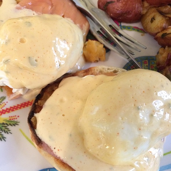 Eggs Benedict with Smoked Salmon - Arte Cafe, New York, NY