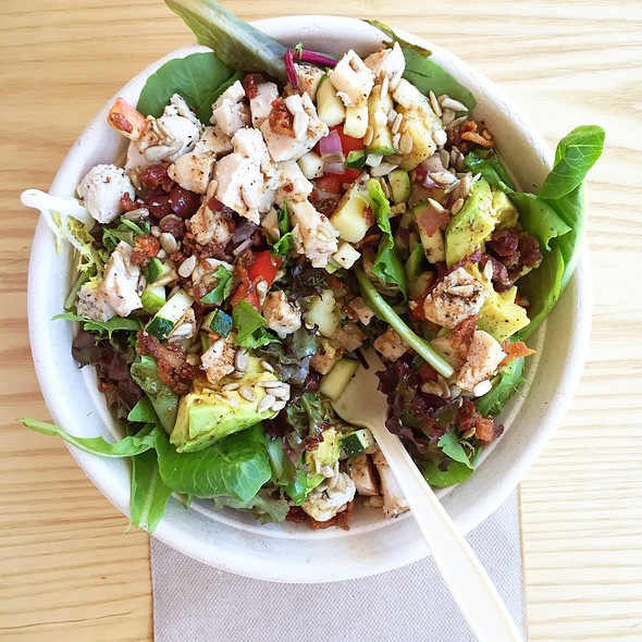 Customized salad @ Maso