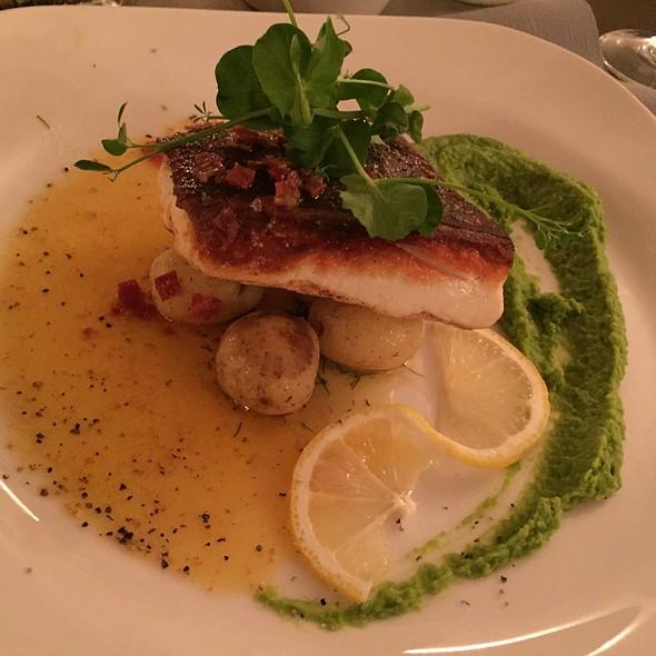Halibut @ Globetrotter Restaurant