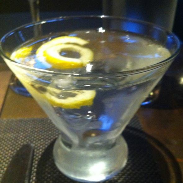 Dry Martini @ Akasha