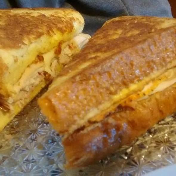 Monte Cristo French Toast @ Schultzville Store & Cafe