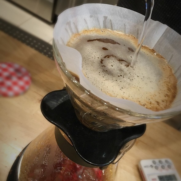 Pour Over Coffee - Single Origin @ Sol Cafe