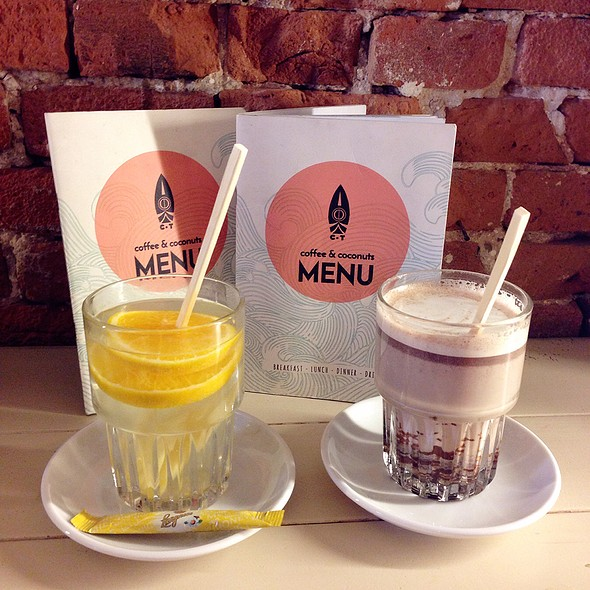 Fresh Ginger Orange Tea & Hot Choco @ CT coffee & coconuts
