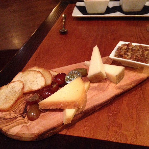 Cheese Plate @ Pairings Bistro