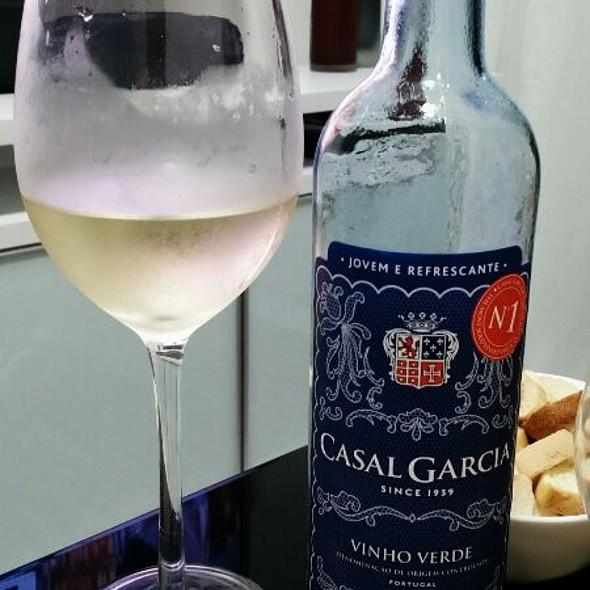 Casal Garcia Vinho Verde @ Home