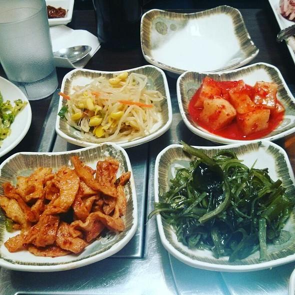 Assorted Korean Side Dishes @ Jangwon Korean Restaurant