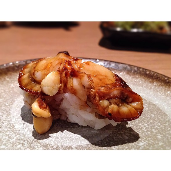 Ni Hotate Sushi @ Makiya Sushi