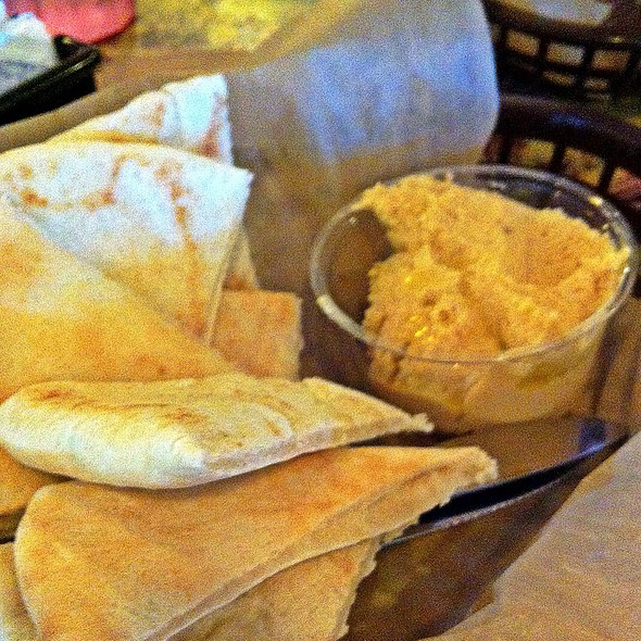 Pita Bread Amd Hummus @ European Street Cafe