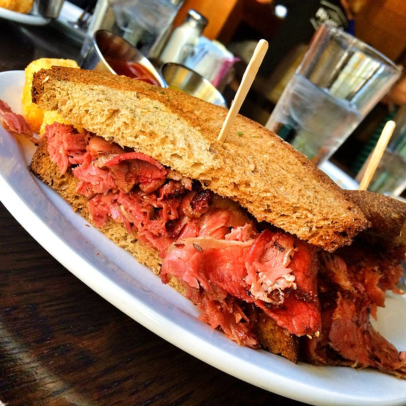 Corned Beef Ruben Sandwich - HUB Restaurant & Ice Creamery, Tucson, AZ