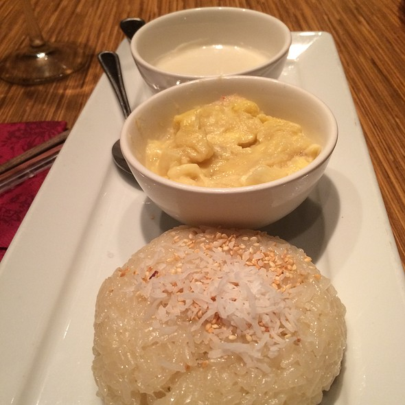 Sticky Rice With Durian @ Brodard Chateau