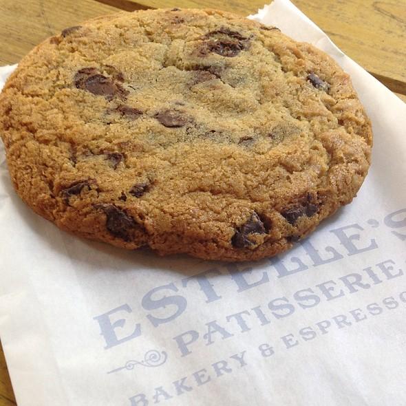 chocolate chip cookie @ Estelle's Patisserie