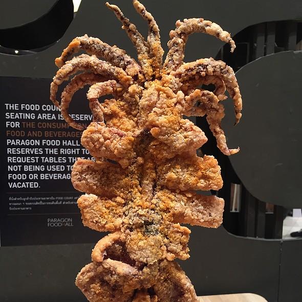 Giant Squid @ Paragon